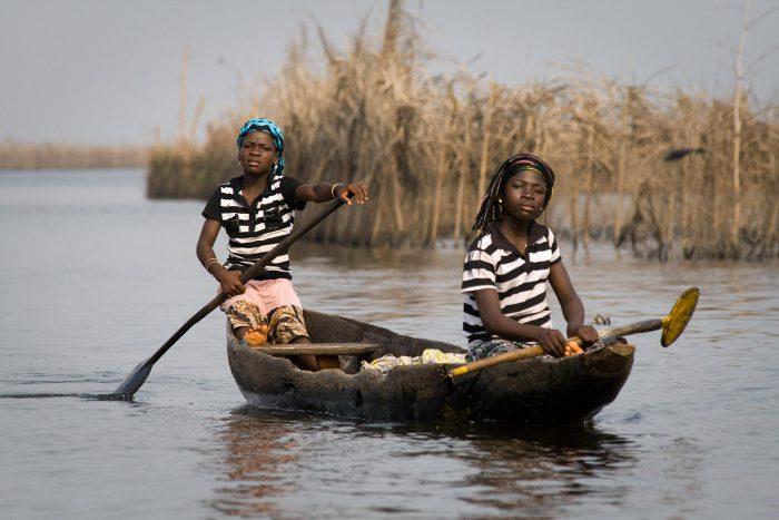 Auf dem Weg nach Ganvié, einem Dorf auf Pfählen in einem See, Benin